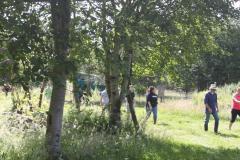 surrounding-grounds1